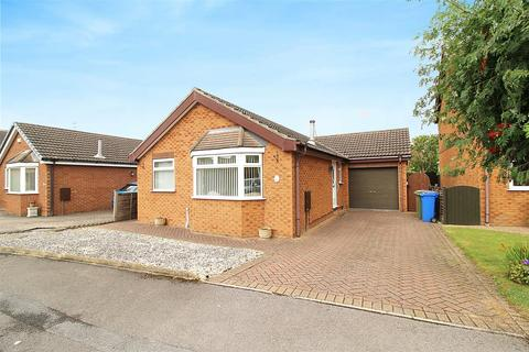 3 bedroom detached bungalow for sale - Highfields, South Cave, Brough