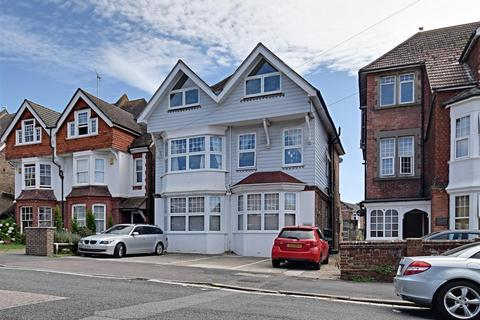 2 bedroom flat for sale - Buckhurst Road, Bexhill-On-Sea