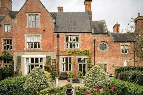 4 bedroom house for sale - Mickleover Manor, Mickleover, Derby