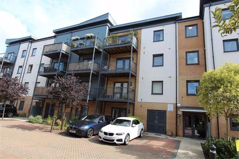 1 bedroom flat for sale - Shingly Place, North Chingford, London