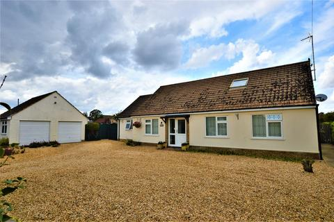 4 bedroom chalet to rent - Main Road, Tallington, Stamford
