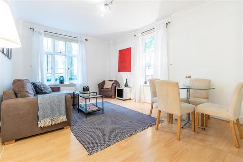 1 bedroom apartment to rent - Chesterfield House, Mayfair, W1J