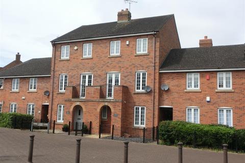 3 bedroom terraced house for sale - Tythe Barn Lane, Dickens Heath, Solihull