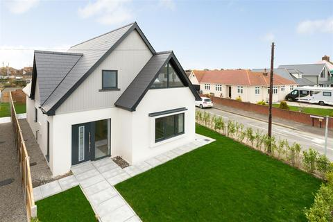 4 bedroom detached house for sale - Herne Bay Road, Tankerton, Whitstable