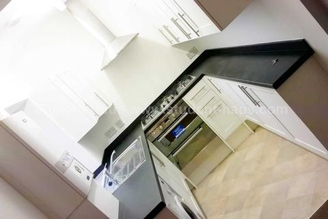 5 bedroom house share to rent - Trenant Road, Salford, M6 7FS