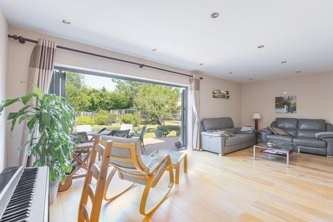 4 bedroom detached house - Brooklyn Road Bromley BR2