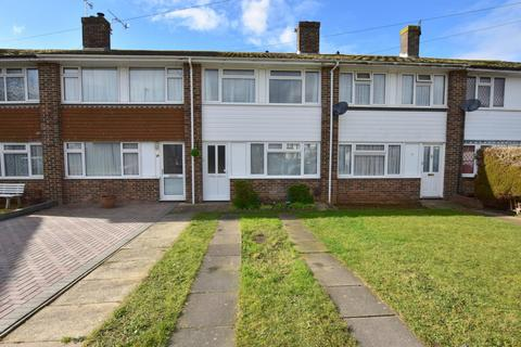 3 bedroom house to rent - Daniel Close, BN15