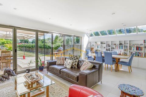 5 bedroom semi-detached house for sale - Manor Drive, Surbiton, Surrey, KT5