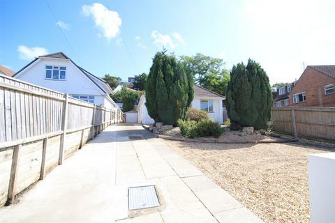 3 bedroom detached bungalow for sale - 2 Courtenay Road, LOWER PARKSTONE, POOLE, Dorset