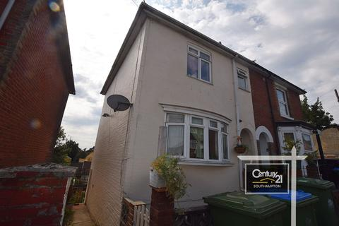 3 bedroom semi-detached house to rent -  Ref: 1783 , Southcliff Road, Southampton, Hampshire, SO14 6HR