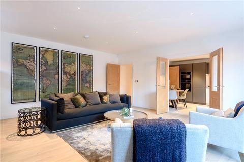2 bedroom flat for sale - Lionsgate, 74 East Street, Farnham, Surrey, GU9