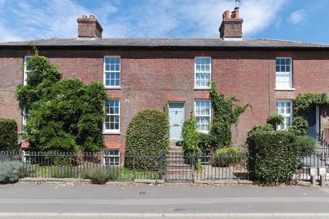 3 bedroom terraced house for sale - Hawkhurst - Requires Modernisation