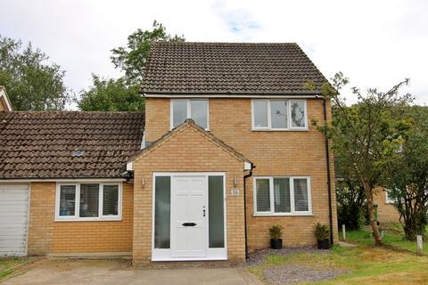 4 bedroom link detached house for sale - Parklands Avenue, Shipdham