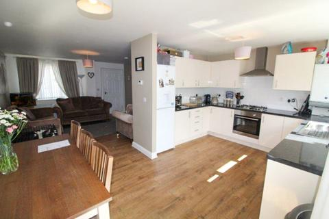3 bedroom terraced house for sale - Daras Court, Blyth