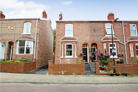 3 bedroom terraced house for sale - Borough Road, Altrincham