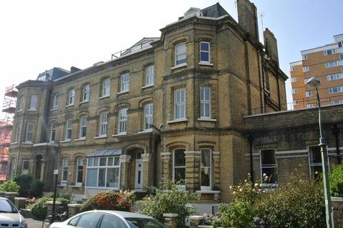 2 bedroom flat to rent - Second Avenue, Hove BN3 2LG