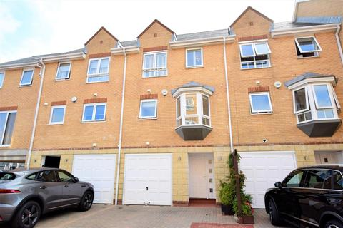 4 bedroom terraced house for sale - Anchor Road, Penarth
