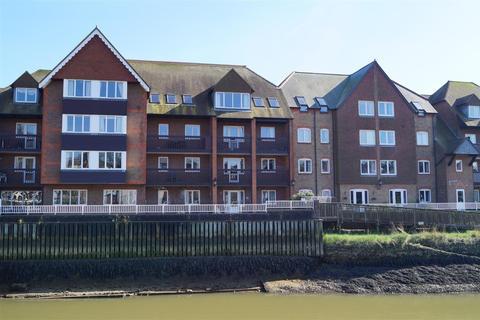 2 bedroom retirement property to rent - Queen Street, Arundel