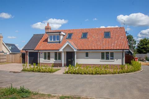 3 bedroom detached house for sale - Dairy Close, Hollesley, Woodbridge