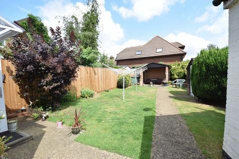 1 bedroom apartment to rent - Flat 6, 87 Hockliffe Road, Leighton Buzzard