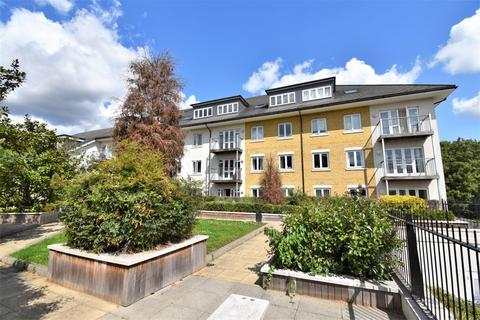 2 bedroom apartment for sale - Burlington House, Park Lodge Avenue, West Drayton, UB7