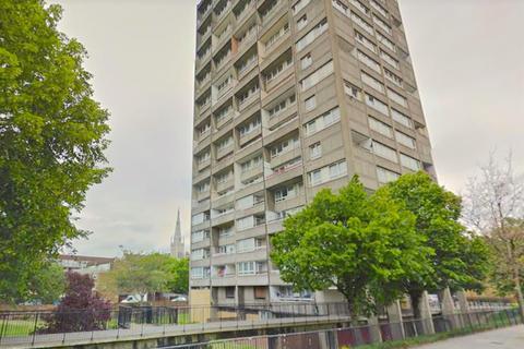 2 bedroom flat for sale - Glamis Road, London