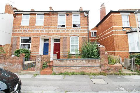 2 bedroom semi-detached house to rent - Chester Street, Caversham, Reading