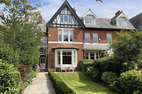 6 bedroom semi-detached house for sale - Seafield Road, Lytham