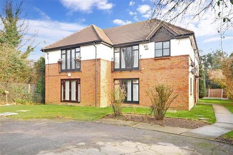 1 bedroom ground floor flat for sale - Compton Terrace, Wickford, Essex