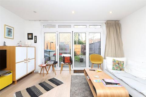 4 bedroom end of terrace house for sale - Acorn Terrace, Archway Road, London, N6