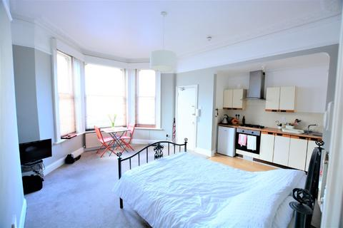 Studio to rent - Selborne Road, , Hove, BN3 3AG