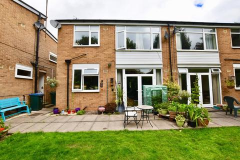 2 bedroom maisonette for sale - Park Court, Allesley Village, CV5 - WELL SIZED GROUND FLOOR MAISONETTE