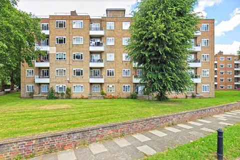 3 bedroom flat to rent - Sullivan Crt, London , SW6