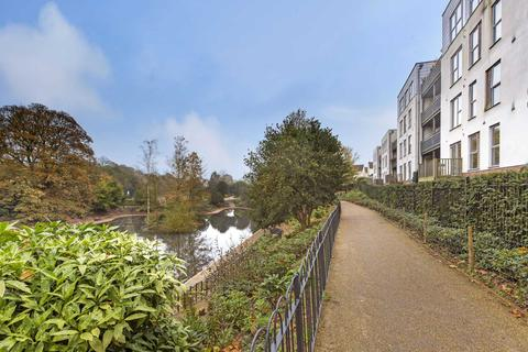 2 bedroom apartment for sale - Lake Court, Medway Drive,Tunbridge Wells