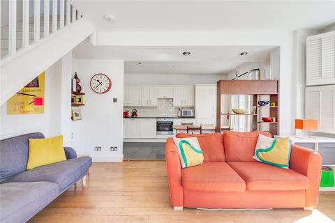 3 bedroom end of terrace house for sale - Cunnington Street, Chiswick, London