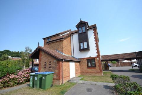 1 bedroom flat for sale - Hulton Close, Southampton, SO19