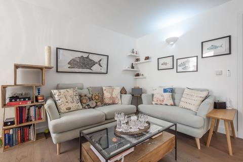 2 bedroom house to rent - Napoleon Lane Shooters Hill SE18
