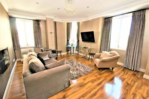 2 bedroom flat to rent - Flat H, 1-3 Spring Gardens,, London, SW1A