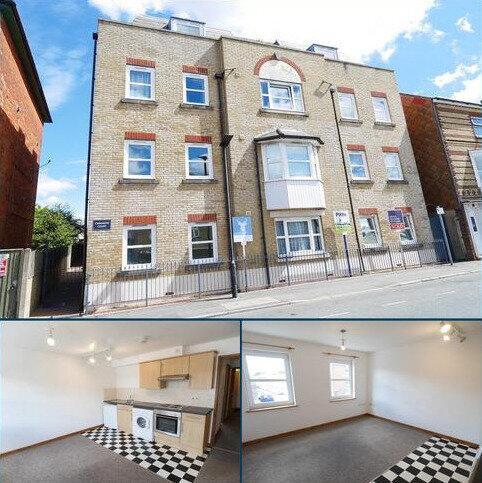 1 bedroom flat to rent - Drill Hall Road, Newport, Isle Of Wight. PO30 5AA