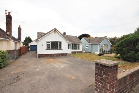 2 bedroom bungalow for sale - Sopers Lane, Poole, Dorset, BH17