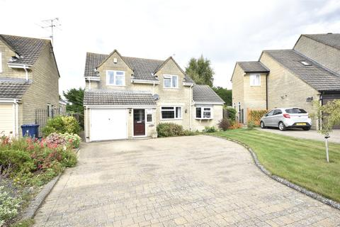 4 bedroom detached house for sale - Denham Close, Woodmancote, CHELTENHAM, Gloucestershire, GL52