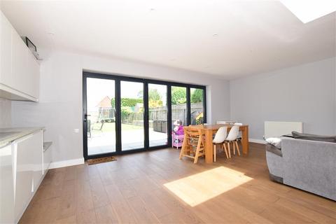 4 bedroom detached bungalow for sale - Stanley Road, Broadstairs, Kent