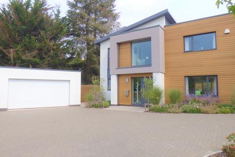 4 bedroom detached house to rent - The Green - stunning four bedroom home