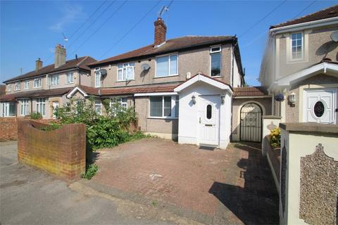 4 bedroom semi-detached house to rent - Goulds Green, UXBRIDGE, Greater London