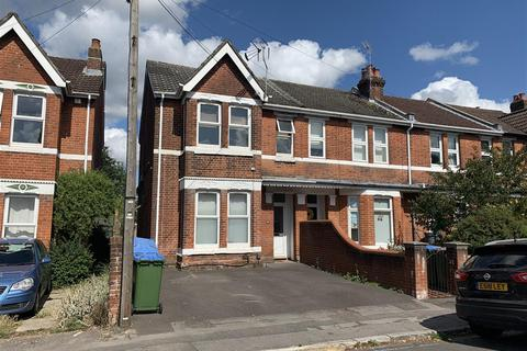 6 bedroom end of terrace house for sale - Suffolk Avenue, Southampton