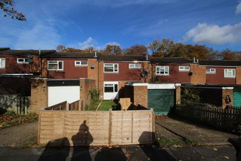 3 bedroom terraced house to rent - Oakwood, Flackwell Heath, Bucks, HP10 9DP