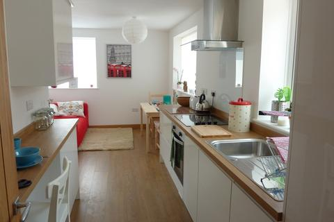 3 bedroom apartment to rent - Balfour House, Winchester