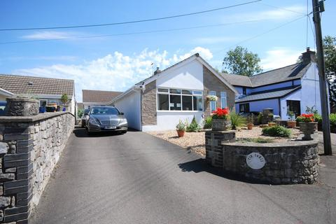 3 bedroom detached bungalow for sale - Treoes, Vale of Glamorgan, CF35 5DH