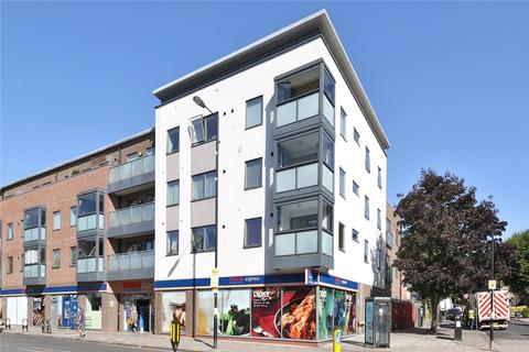 1 bedroom apartment for sale - Strawbridge Court, 308 West Green Road, London, N15