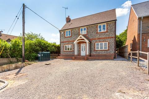 4 bedroom detached house to rent - Wood End, Medmenham, Marlow, Buckinghamshire, SL7